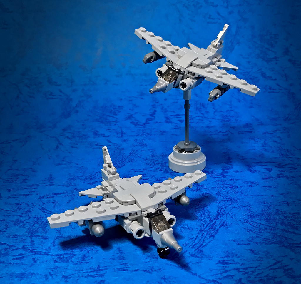 LEGO Micro Jet fighter-02