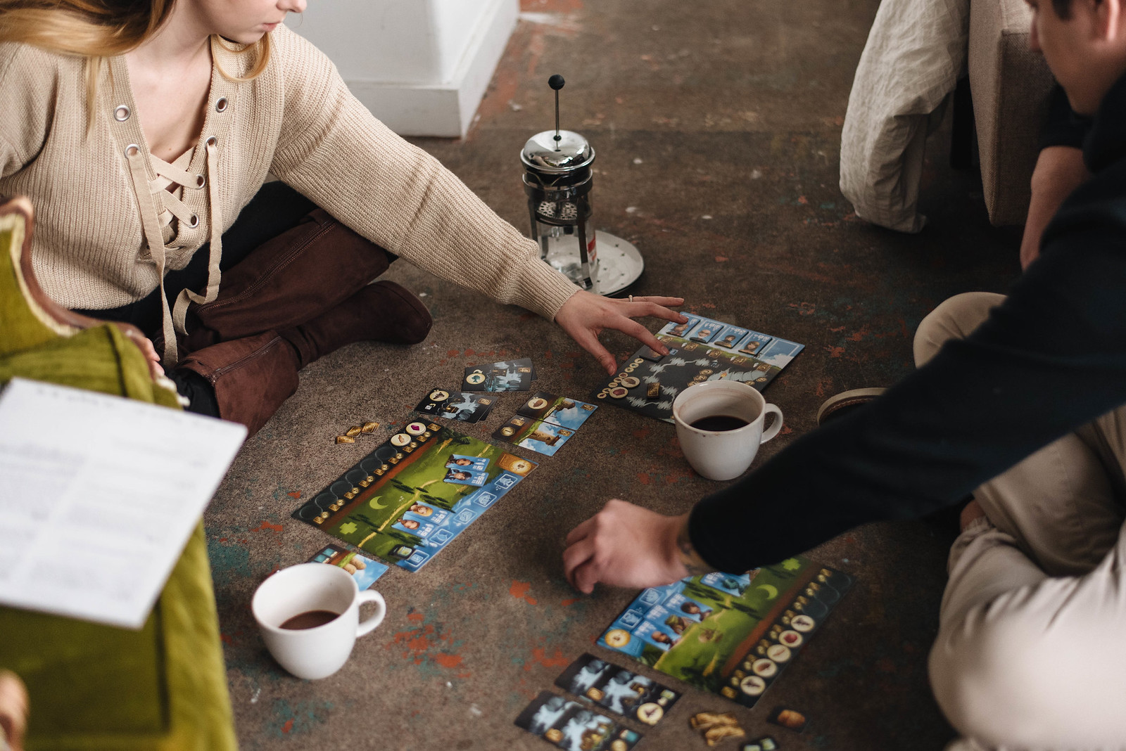 Board Game Couples Studio Session on juliettelaura.com