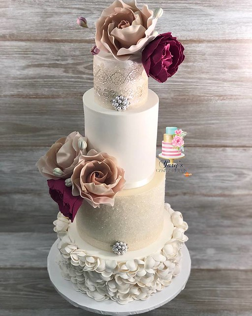 Cake by Yary's Cake A Licious