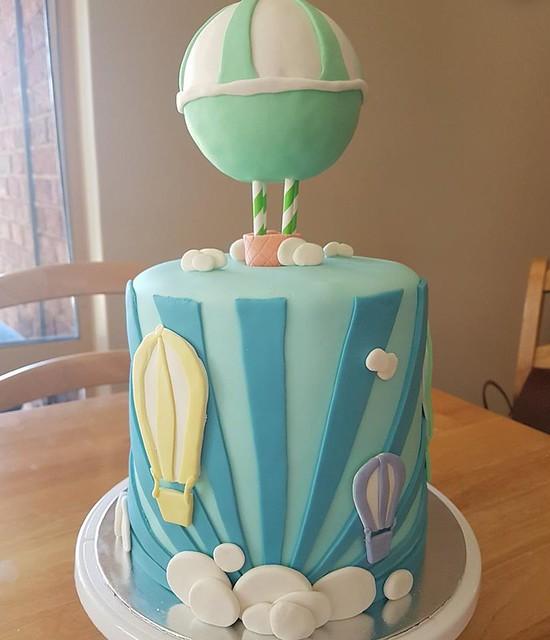 Baby Shower Cake by Tara's Lovely Cakes