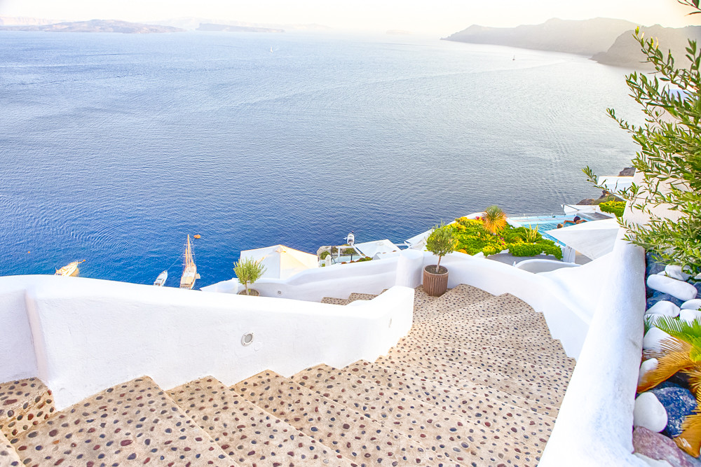 Travel Destinations.Picturesque Cityscape of Oia Village in Sant
