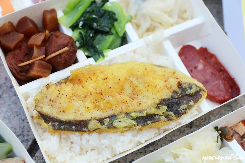 酥炸魚排飯
