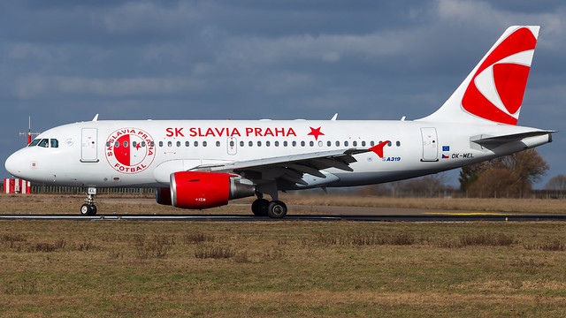 OK-MEL A319-112 Czech Airlines (SK Slavia Praha)