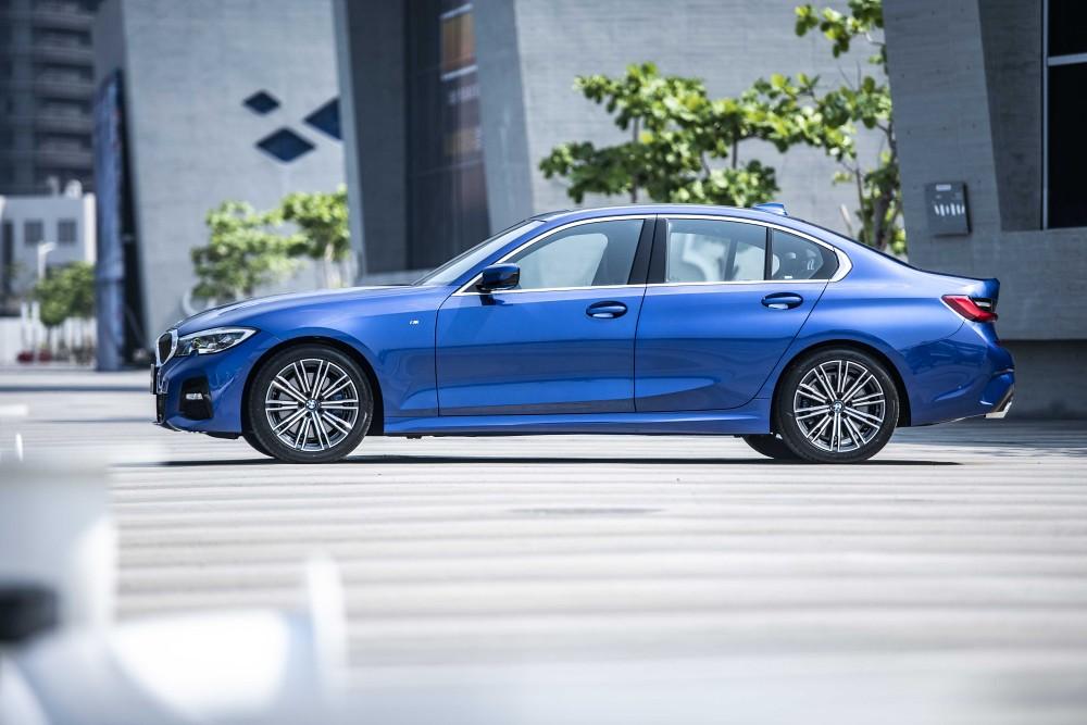 [新聞照片二] 全新世代BMW 3系列動感、俐落的外觀設計