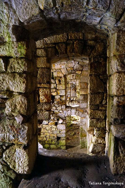 Вид на коридоры двух этажей