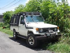 Toyota Land Cruiser (J70)