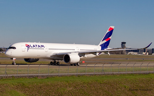F-WZGO // PR-XTJ LATAM Airlines Brasil Airbus A350-941 MSN 265