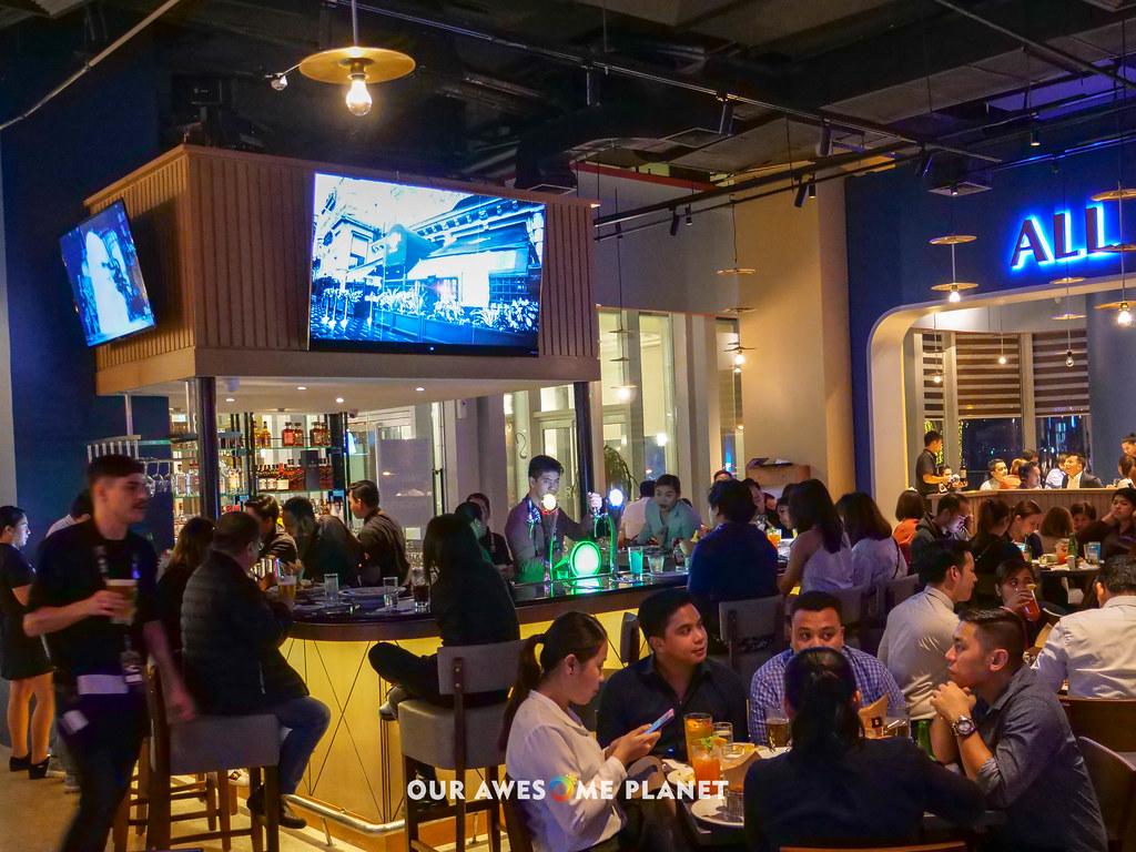 Hard Rock Cafe Manila-19.jpg