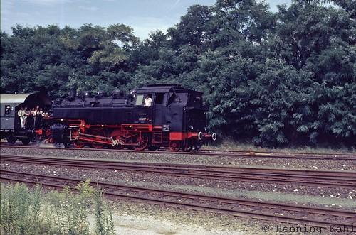 86 457  im Bhf. Hersbruck rechts der Pegnitz 1985
