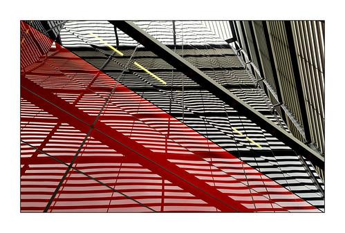 Red & Black Diagonal
