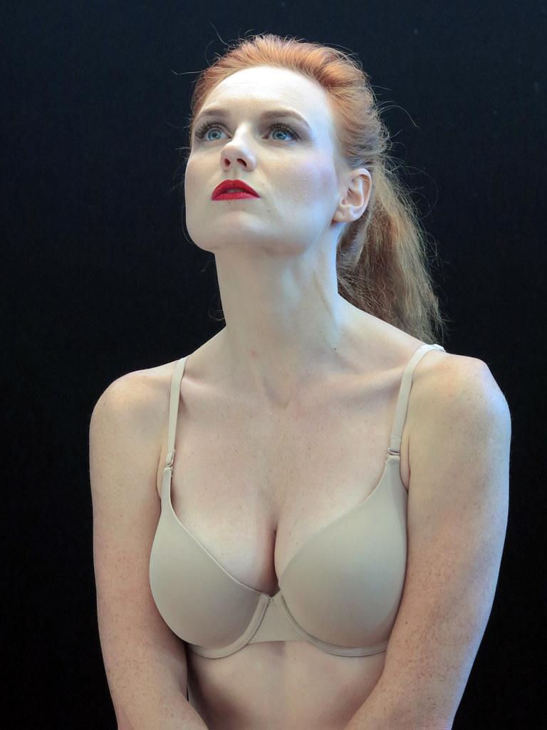 Leslie Sauvage Nude Photos 3