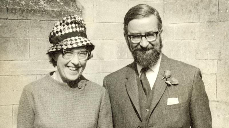 Winnie and Noel Gear