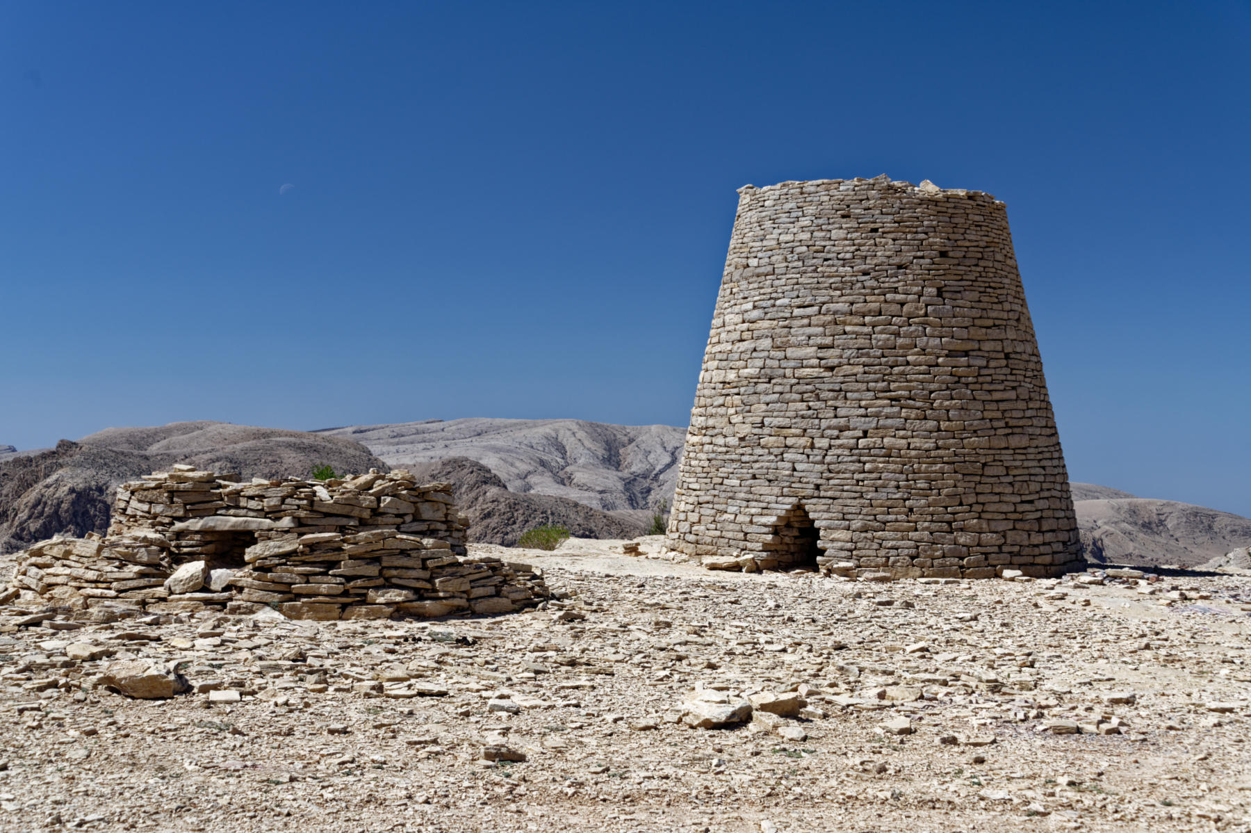"""Beehive"" tombs, Oman"