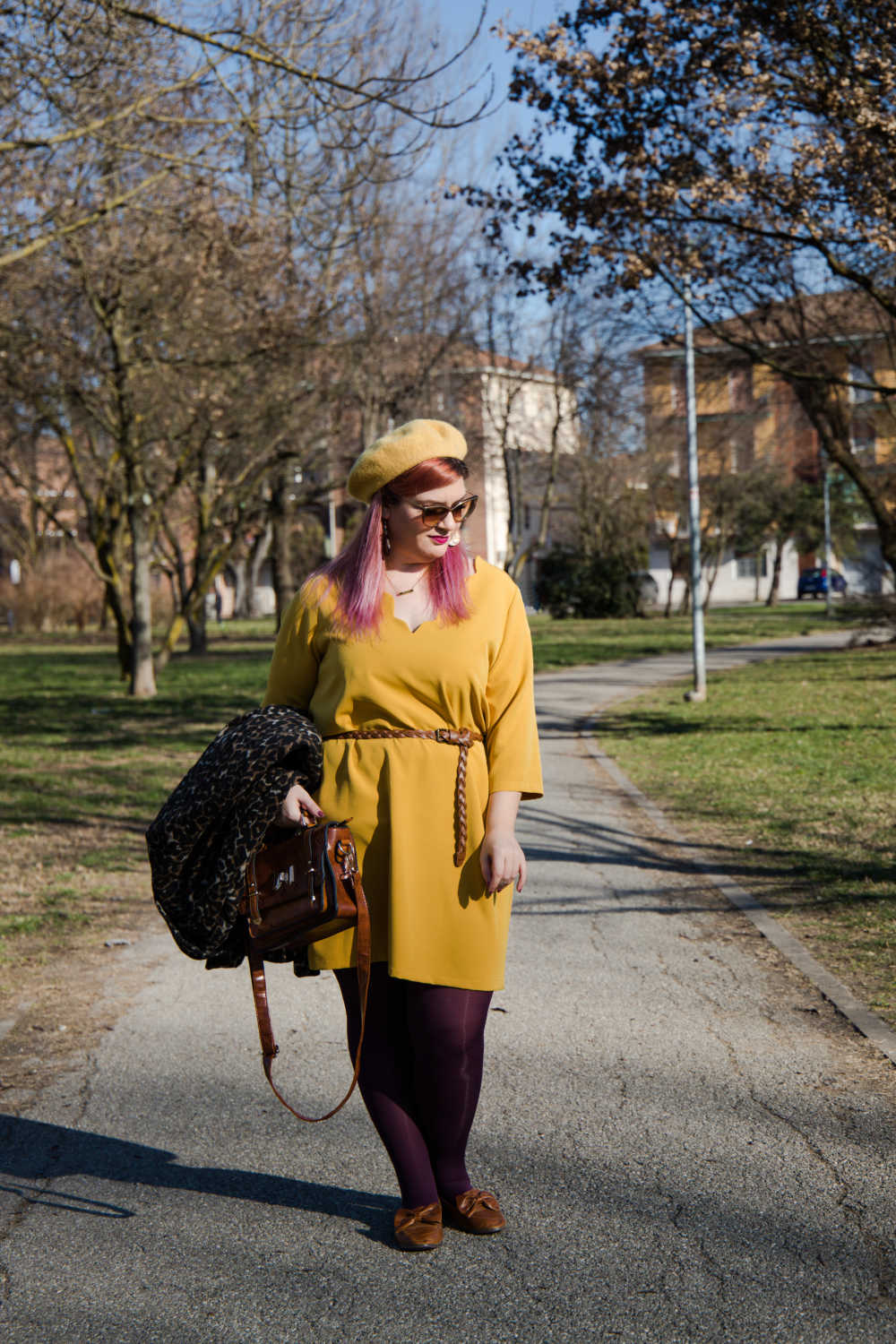 Outfit giallo, plus size (4)