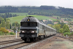 10 octobre 2009 CC 72064 Train 4504/5 Lyon -> Tours Amplepuis (69) - Photo of Fourneaux