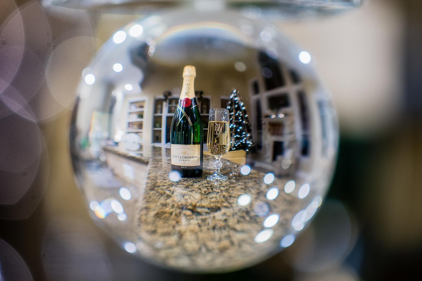 1:52 Happy New Year!, Nikon D750, AF-S DX Micro Nikkor 85mm f/3.5G ED VR