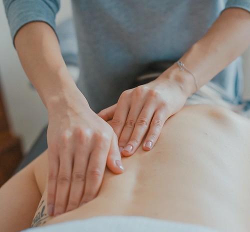 Chiropractic massage Singapore