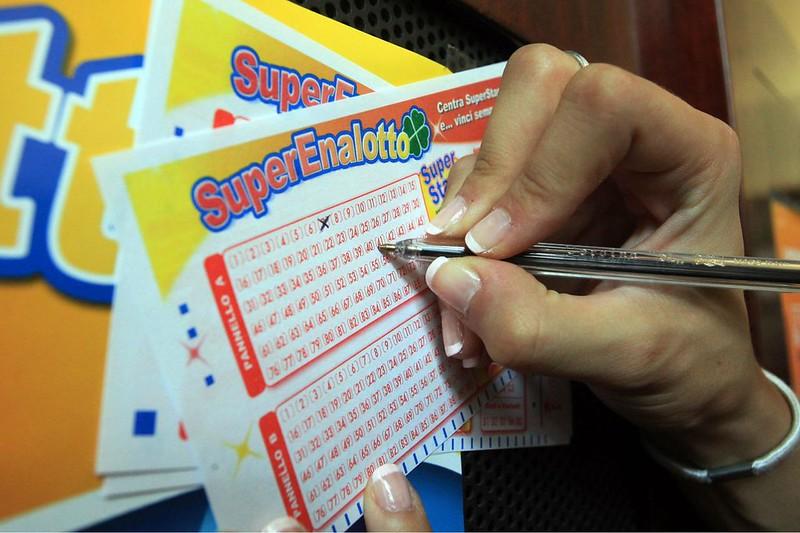 superenalotto-vincita-lotteria