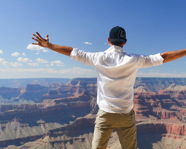 En el mirador del Hopi Point en los Estados Unidos