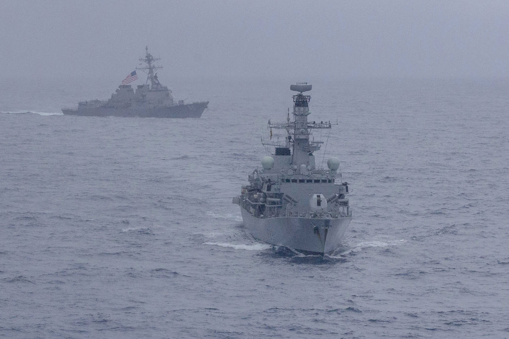 SOUTH CHINA SEA - The Arleigh-Burke guided missile destroyer USS McCampbell (DDG 85) and Royal Navy Type 23 frigate HMS Argyll (F231) conducted operations together in the South China Sea, Jan. 11-16.