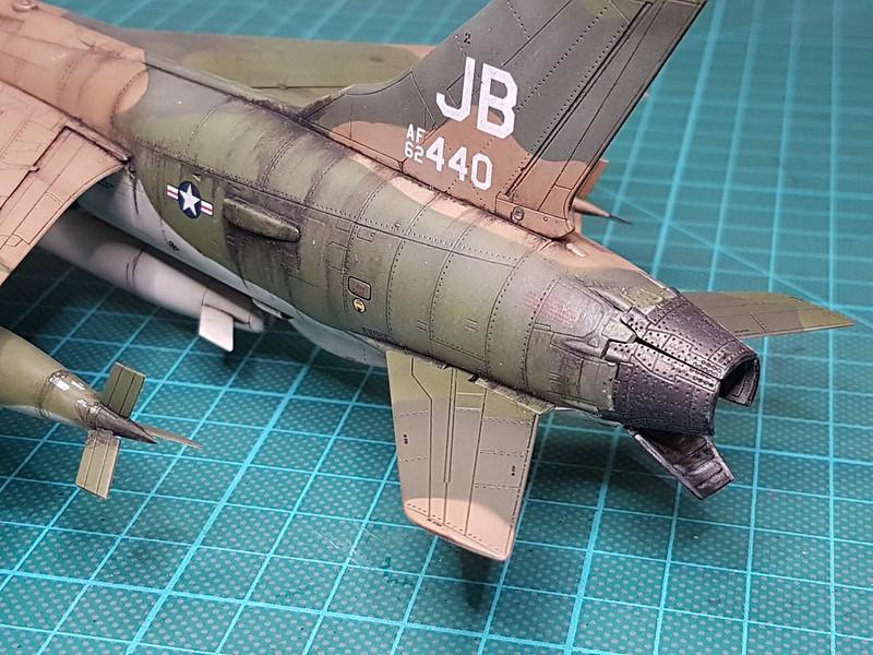 Trumpeter 1/72 F-105G Wild Weasel - Sida 7 32454691727_0c1513e2fd_c