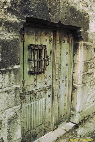 Ansó, puerta I