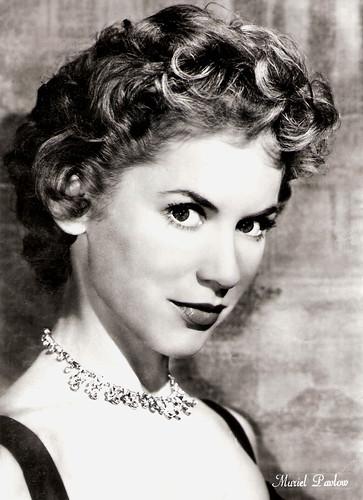 Muriel Pavlow (1921-2019)