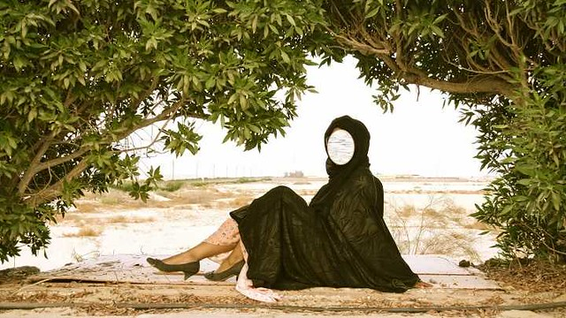 1431 What is the dress code for Women in Saudi Compounds