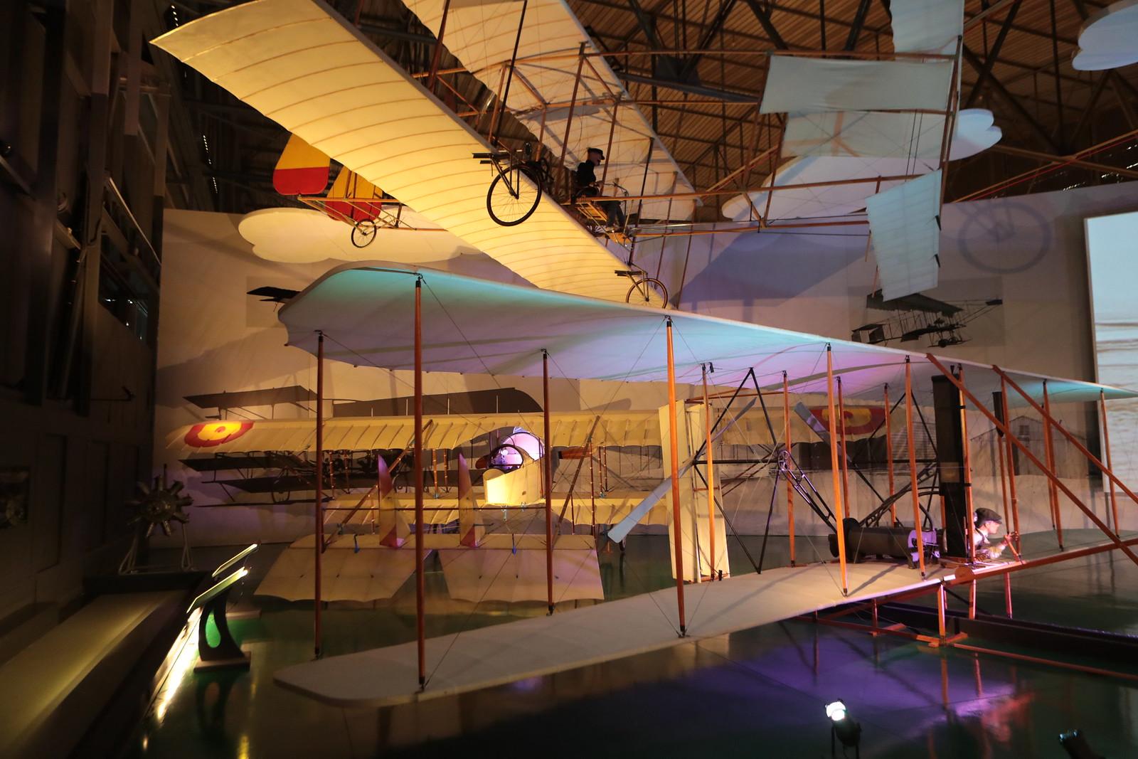 Primer avión que se puede ver al entrar al hangar 1 del Museo