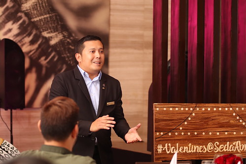 Asst. F&B Manager Jules Melencion presents the 5-course wine pairing menu