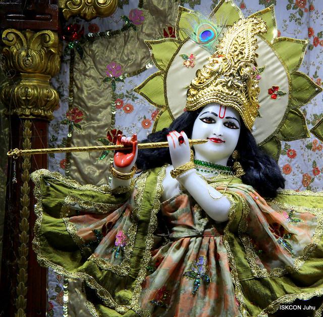 ISKCON Juhu Mangal Deity Darshan on 3rd Apr 2019