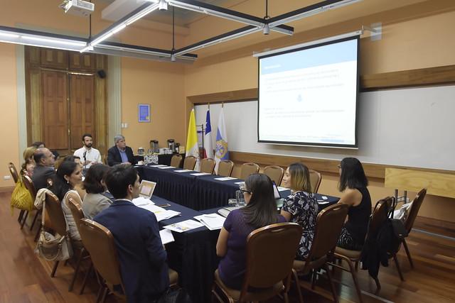 Seminario Políticas y recomendaciones para mejorar la salud bucal en Chile