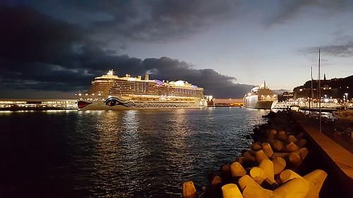 Kryssningsfartyg