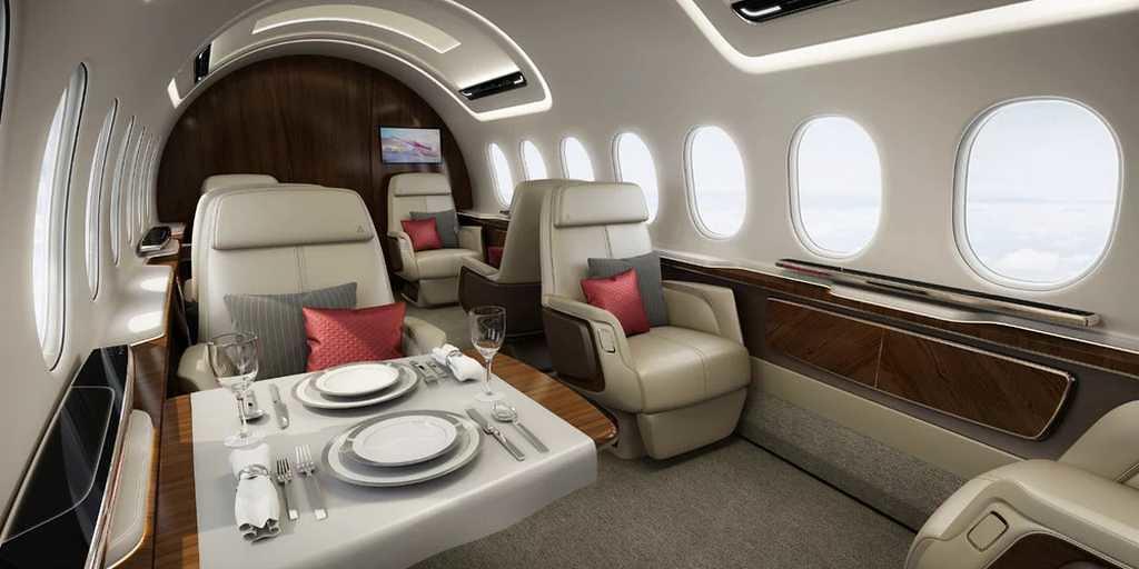 avion-supersonique-intérieur
