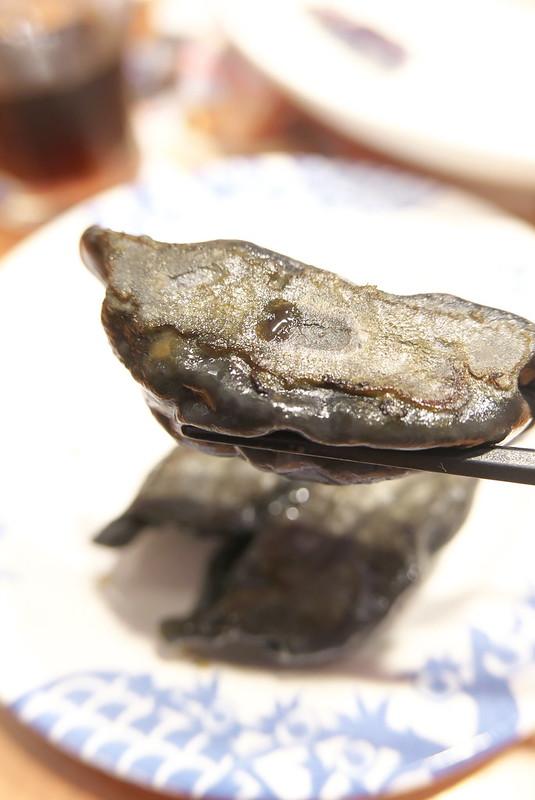 バーミヤン 粗挽き肉の黒餃子