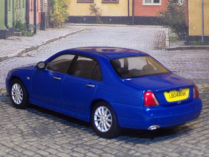 MG ZT - 2004