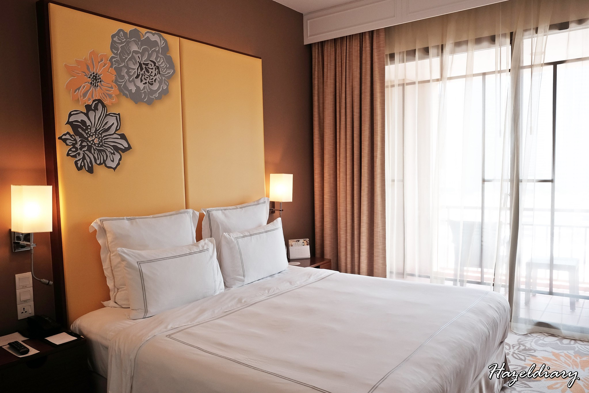 Swissotel Merchant Court-Executive Room