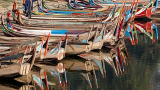Boote am Taung Tha Man