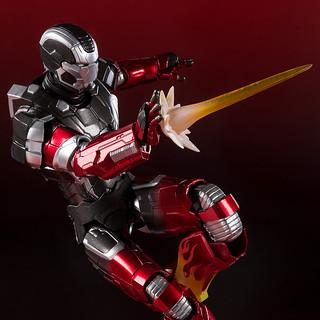 【抽選販售】S.H.Figuarts 《鋼鐵人》「鋼鐵人馬克22 Hot Rod」! アイアンマン マーク22 ホットロッド