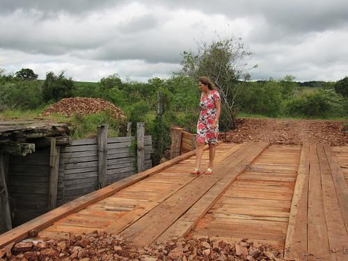 Prefeita Ziania confere a obra da Ponte