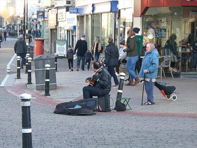 Buskers in town 1, Hastings., Fujifilm FinePix E900