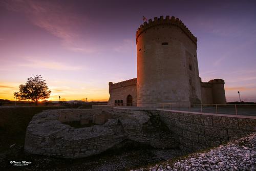 Atardecer en el castillo de Árevalo.