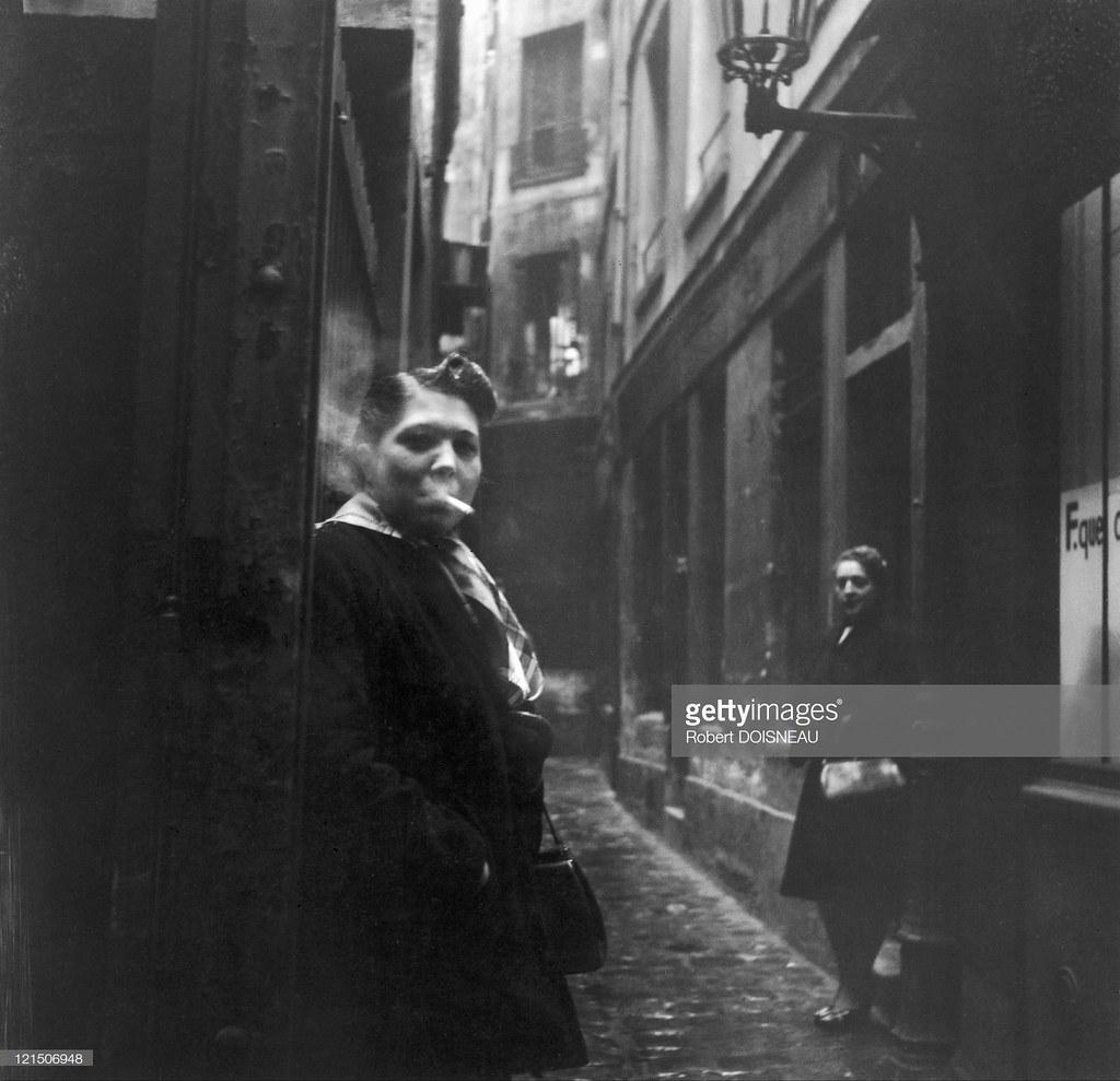 1953. Две проститутки в Пассаже де ла Трините