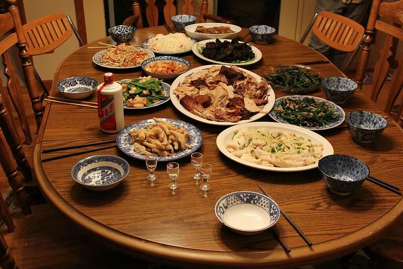 傳統的中國年菜大餐
