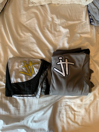 Who wants these for cheap? Rudis JT hoodie and shorts size small