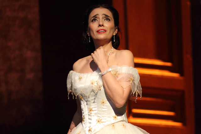 Ermonela Jaho as Violetta Valéry in La traviata, The Royal Opera © 2019 ROH. Photographed by Catherine Ashmore