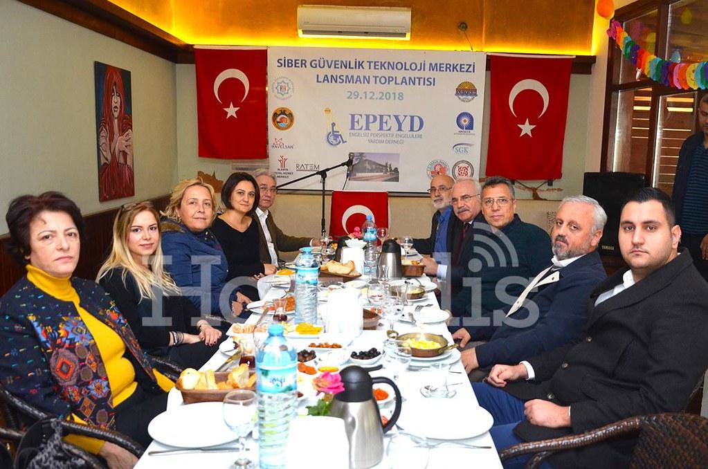 Alanya'ya Siber Güvenlik Teknoloji Merkezi geliyor  Grand Cru Saklı Bahçe, EPEYD'in Türkiye'de bir ilke imza atarak hayata geçirilecek olan projesi 'Siber Güvenlik Teknolojileri Merkezi' lansman toplantısına ev sahipliği yaptı.  Engelsiz Perspektif Engell