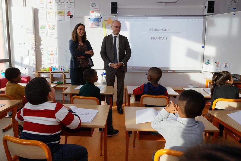 Classes de CP dédoublées, aide aux devoirs et festival de la BD: déplacement en Charente