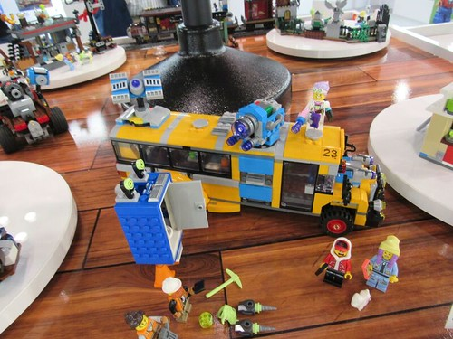 LEGO Hidden Side Bus (70423)