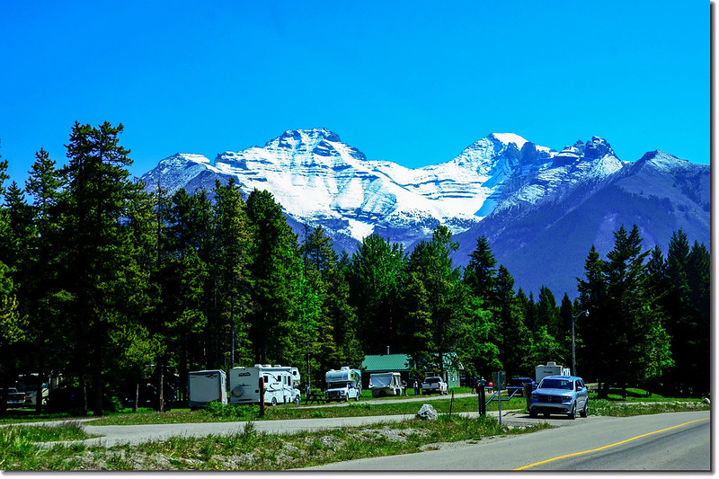 The scenery along  AB-93 N(Icefields Parkway) (1)